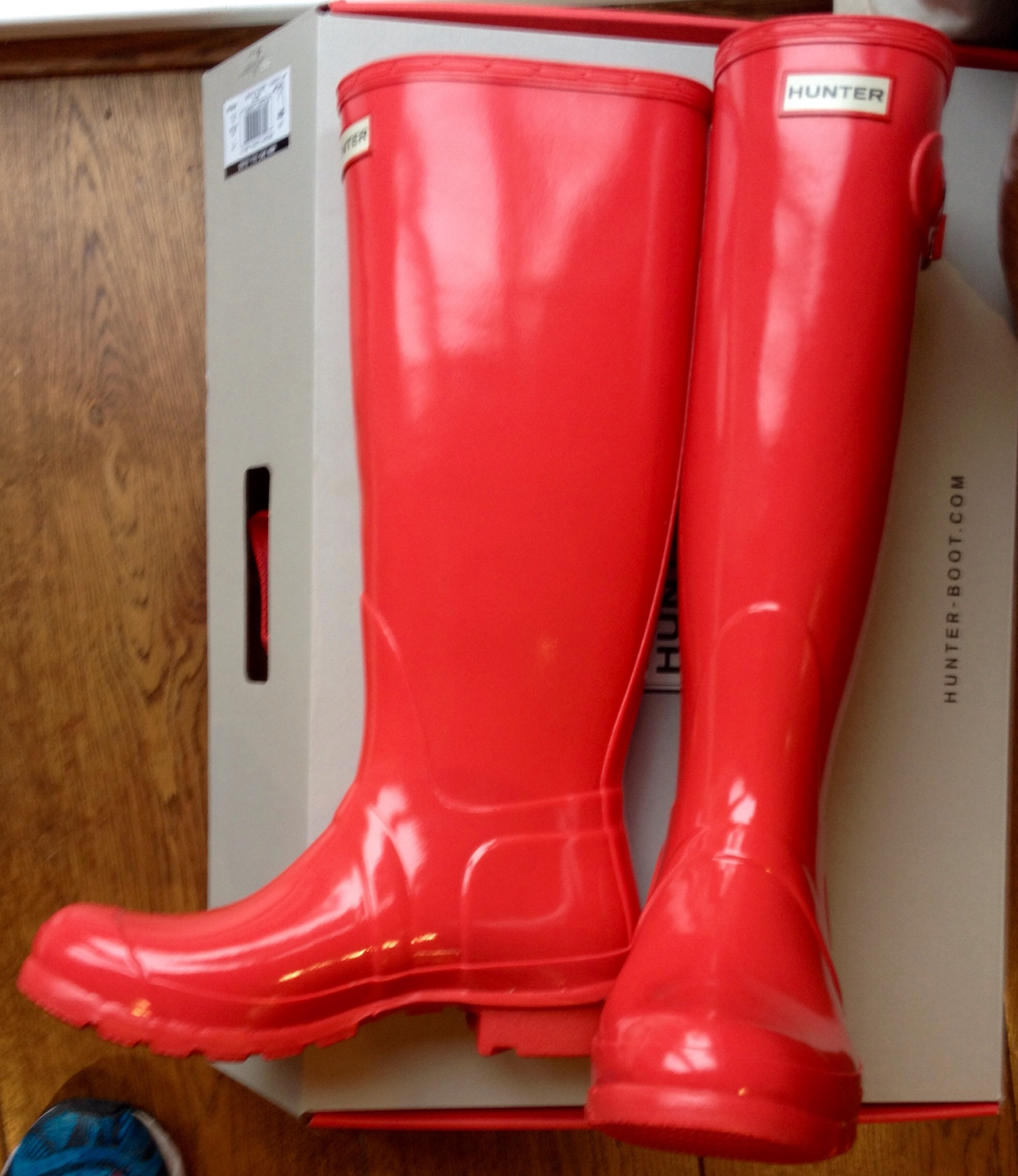 Bright Coral Hunter Wellies